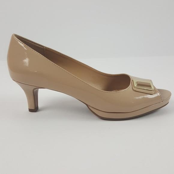 e09e80c56ea7 🛍Naturalizer N5 Comfort Open Toe Low Heel Pumps